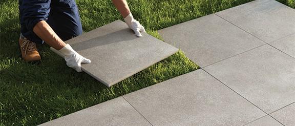 Pavimentazioni esterne piastrelle per pavimenti sopraelevati fmg fabbrica marmi e graniti - Piastrelle posa a secco ...