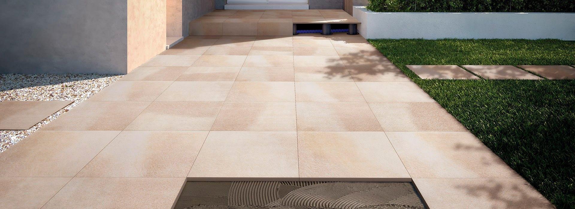 Pavimentazioni esterne piastrelle per pavimenti sopraelevati fmg fabbrica marmi e graniti - Piastrelle per facciate esterne ...